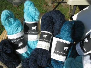 New colors --teal, frozen, and midnight.